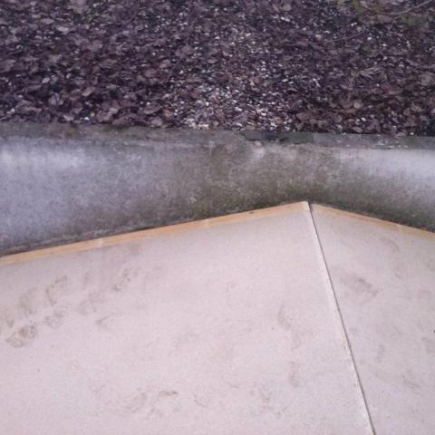 neue Tragplatten als Unterbau für die V13