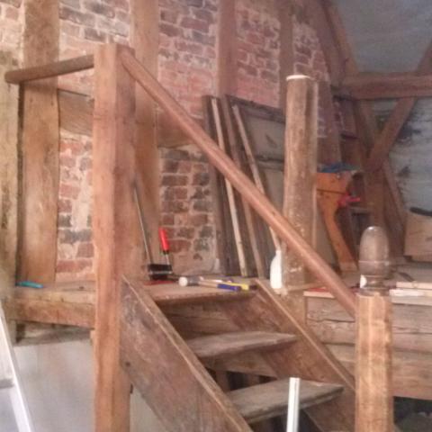 """""""Neue"""" Treppe aus historischen Einzelteilen von 4 verschiedenen Treppen"""