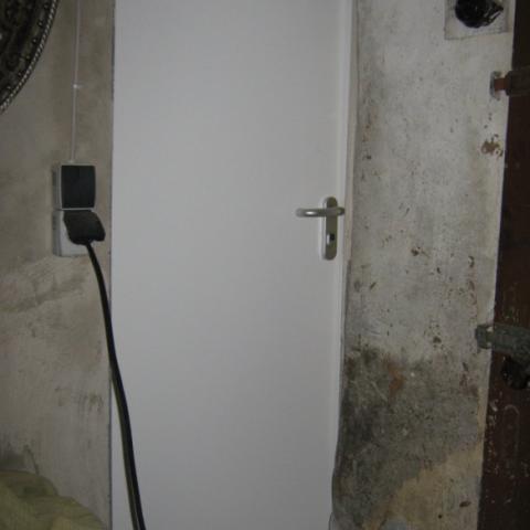 Keller - Sicherheitstür in Standard mit Sondergarnitur beidseitig Griff