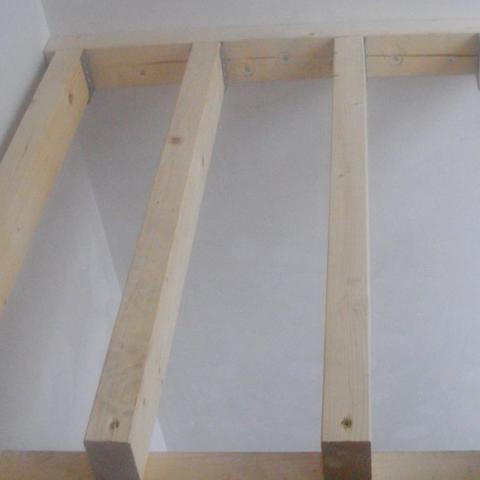 Podest über Treppenanlage